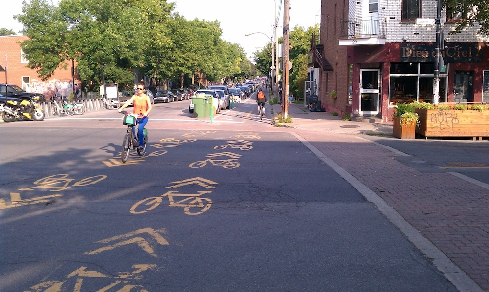 Rue_Clark_Cycle_Track1