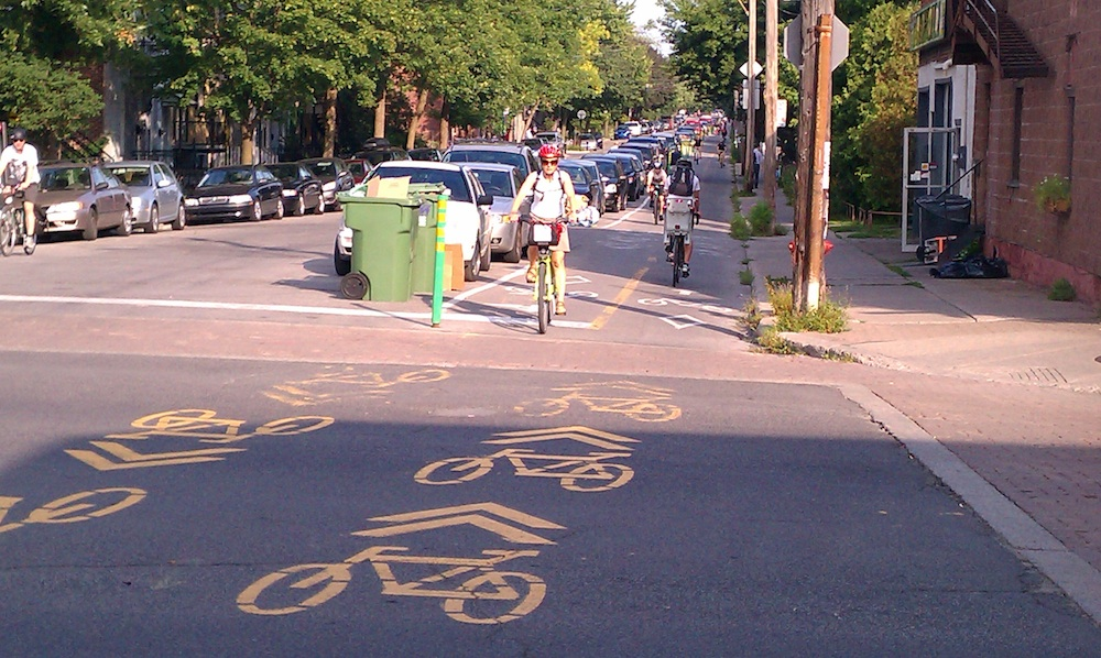 Rue_Clark_Cycle_Track2
