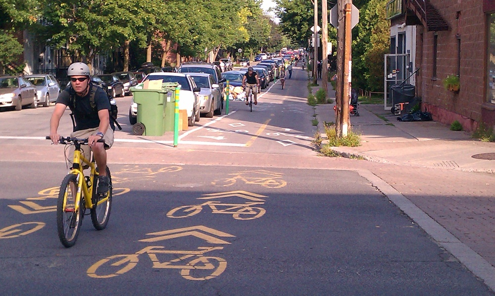 Rue_Clark_Cycle_Track4